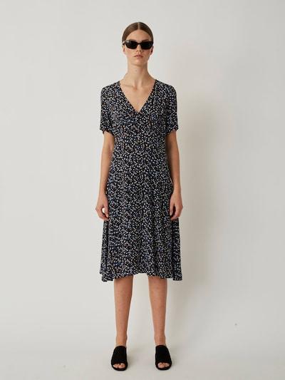 JUST FEMALE Kleid 'Lassy' in blau / schwarz, Modelansicht