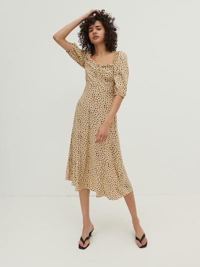 EDITED Jurk 'Olivia' in de kleur Beige, Modelweergave