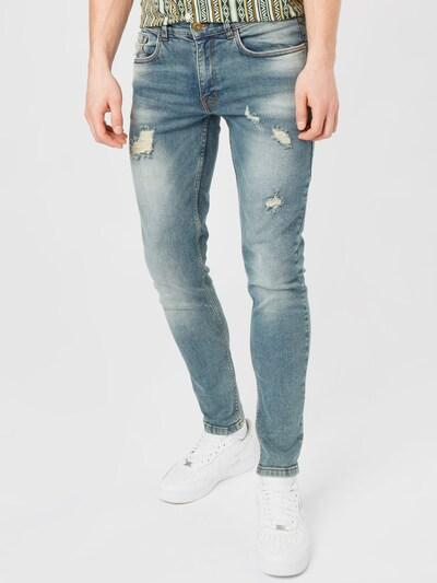 Redefined Rebel Jean 'Stockholm' en bleu denim, Vue avec modèle