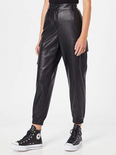 Line of Oslo Pantalon à pince 'Patty' en noir, Vue avec modèle