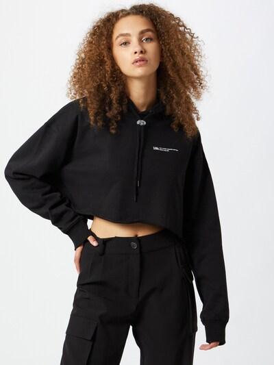 10k Sweatshirt 'Basic Cropped Hoodie' in de kleur Zwart, Modelweergave