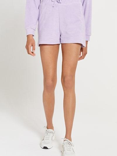 Shiwi Shorts 'MIAMI' in lila, Modelansicht