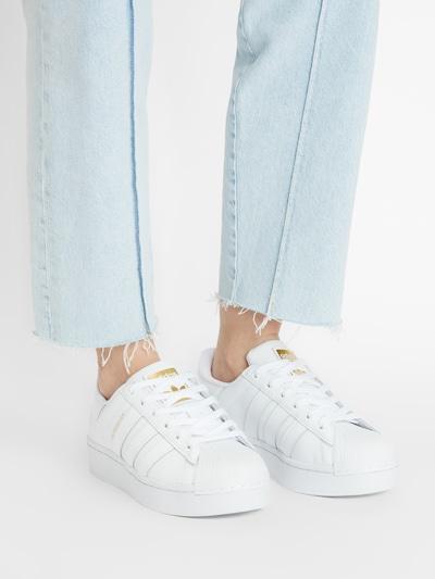 Sneaker low 'Superstar Bold' ADIDAS ORIGINALS pe auriu / alb: Privire frontală