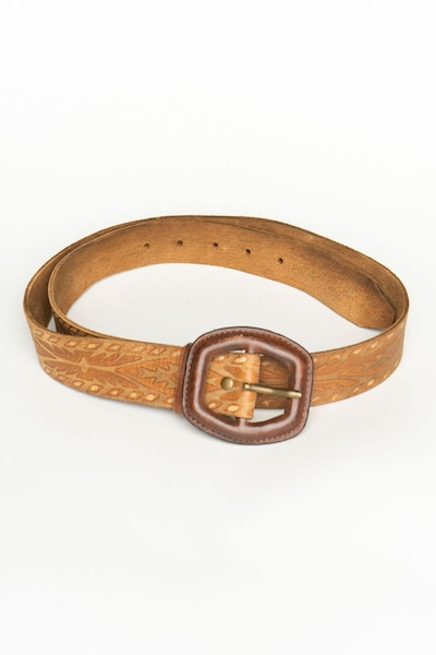 Old Navy Belt in 7XL in Chamois, Item view