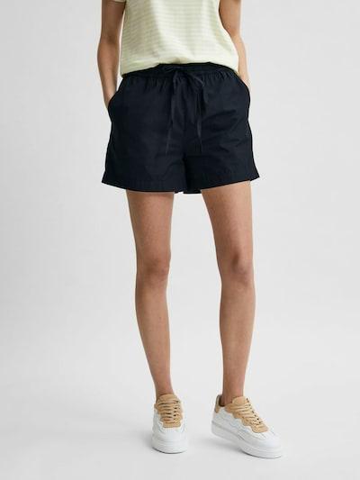 SELECTED FEMME Shorts in schwarz, Modelansicht