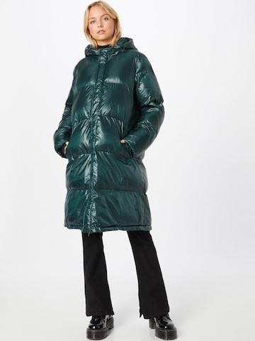 MADS NORGAARD COPENHAGEN Vinterfrakk 'Shiny Poly Jolene' i grønn