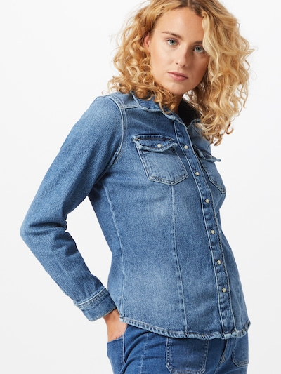 ONLY Blouse in de kleur Blauw, Modelweergave