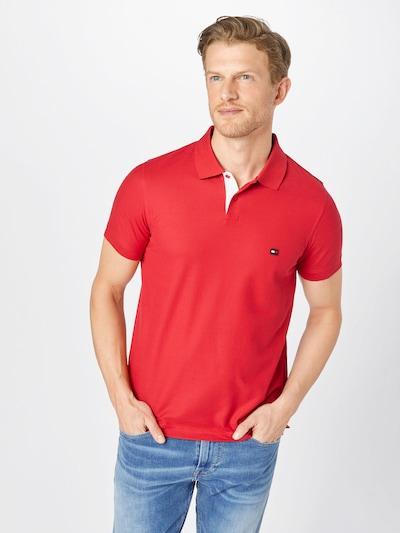 TOMMY HILFIGER Тениска в червено: Изглед отпред