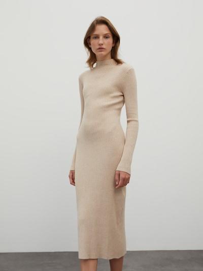 EDITED Gebreide jurk 'Hada' in de kleur Beige gemêleerd, Modelweergave