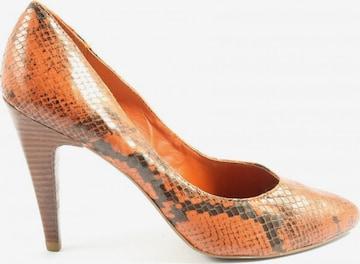 VIA UNO High Heels & Pumps in 39 in Orange