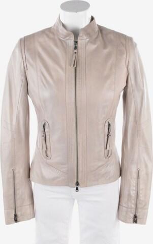 Schyia Jacket & Coat in S in White