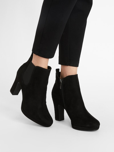 TAMARIS Chelsea Boots in Black: Frontal view