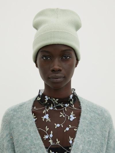 EDITED Bonnet 'Enya' en menthe, Vue avec modèle