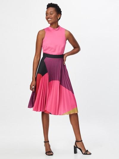 Closet London Kleid in pink / fuchsia / pitaya, Modelansicht