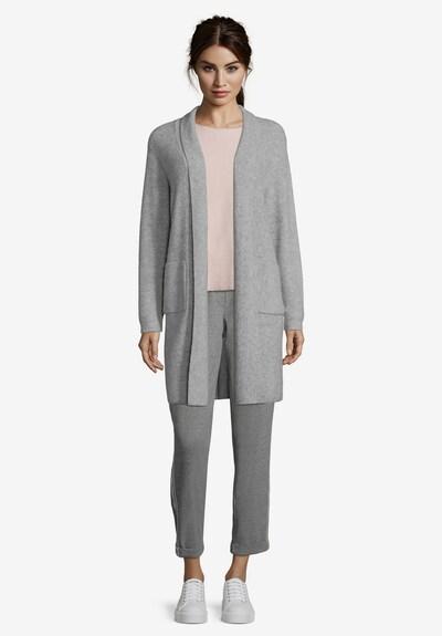 Betty Barclay Longstrickjacke mit aufgesetzten Taschen in grau, Modelansicht