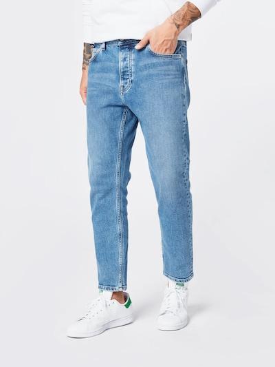 Calvin Klein Jeans Jeansy 'Dad' w kolorze niebieski denimm, Podgląd na modelu(-ce)
