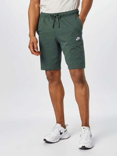 Nike Sportswear Hlače u zelena, Prikaz modela