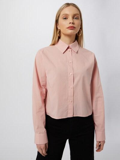WEEKDAY Blouse 'Gwen' in de kleur Oudroze, Modelweergave