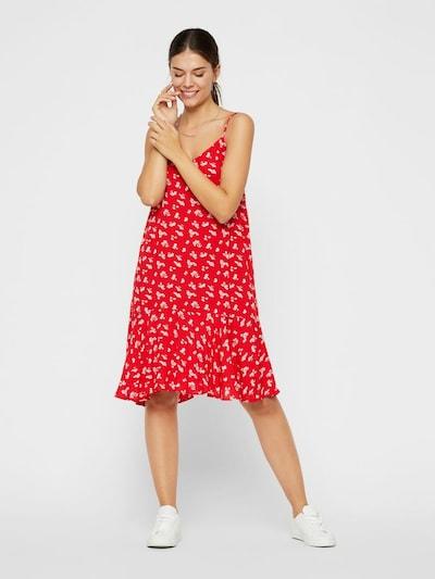 PIECES Kleid 'NYA' in rot / weiß, Modelansicht