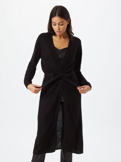 JACQUELINE de YONG Pletena jopa | črna barva, Prikaz modela