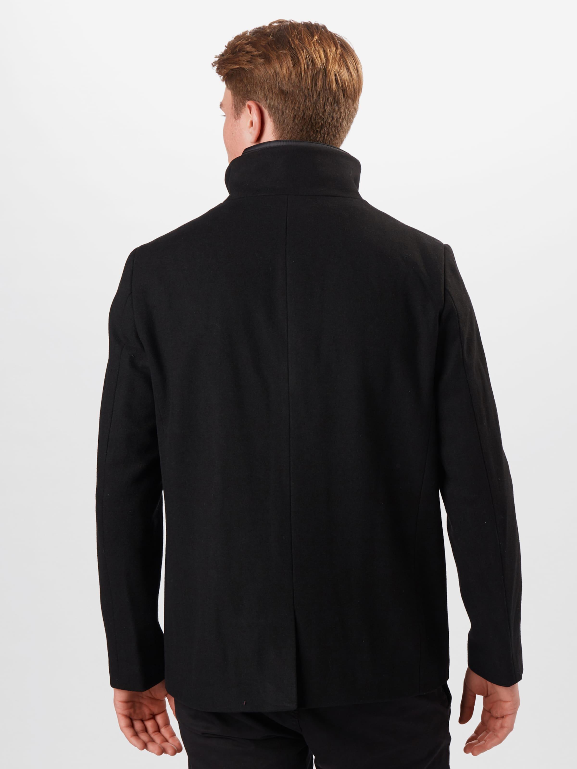 Matinique Övergångskappa 'Harvey' i svart