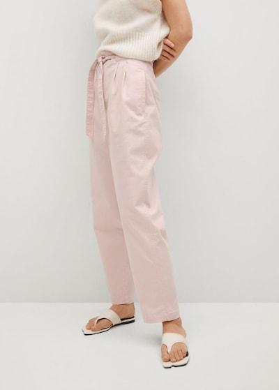 MANGO Pantalon à pince en rose clair, Vue avec modèle
