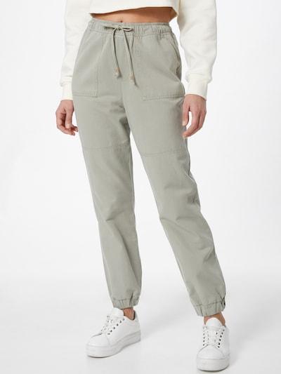 Mavi Hose in pastellgrün, Modelansicht