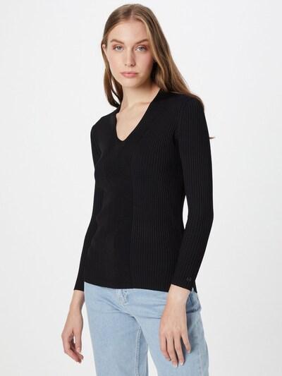 Calvin Klein Pull-over en noir, Vue avec modèle