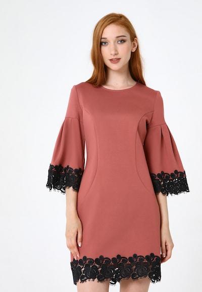 Madam-T Kleid 'Dega' in pink, Modelansicht