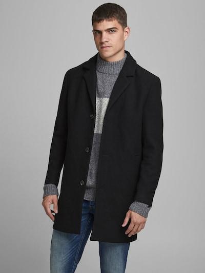 JACK & JONES Tussenjas in de kleur Zwart, Modelweergave