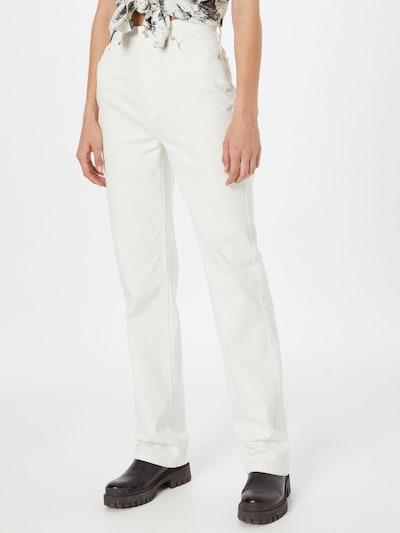 NA-KD Jeans 'Chloé' in perlweiß, Modelansicht