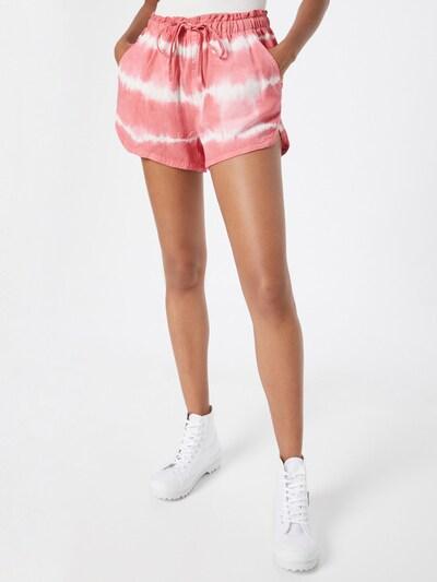 Pantaloni American Eagle pe roz / alb, Vizualizare model