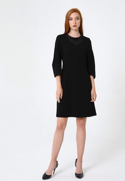 Madam-T Kleid 'Vergini' in schwarz, Modelansicht