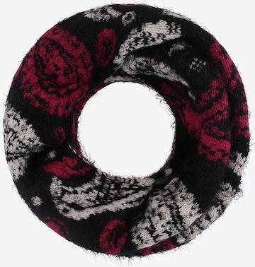RISA Loop scarf in Black