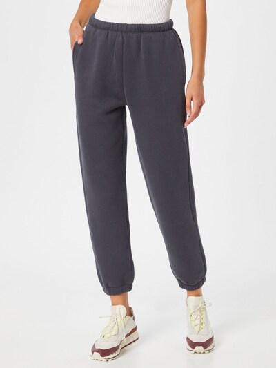AMERICAN VINTAGE Панталон 'Ikatown' в сребърно сиво, Преглед на модела