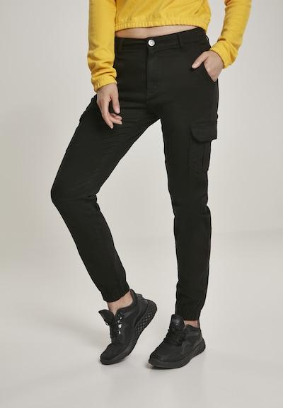 Urban Classics Cargo hlače u crna, Prikaz modela