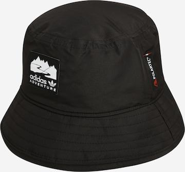 Pălărie 'Boonie' de la ADIDAS ORIGINALS pe negru