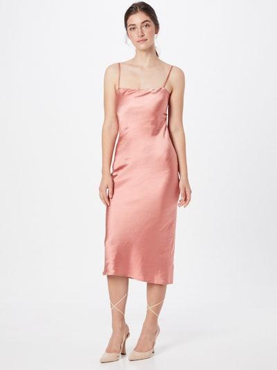 Rochie de cocktail 'PORTRAIT' Love Triangle pe roz, Vizualizare model