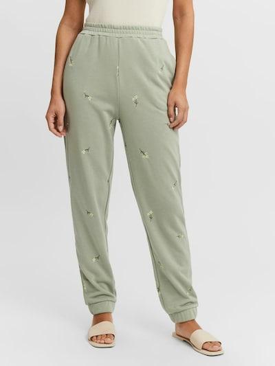 VERO MODA Pantalon en jaune / vert / vert clair, Vue avec modèle