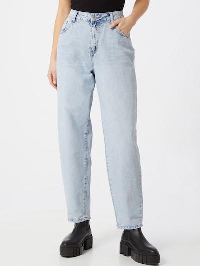 Džinsai 'Slouch Mom' iš Cotton On , spalva - mėlyna, Modelio vaizdas