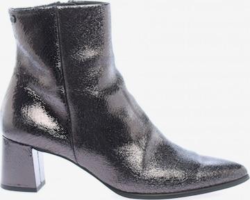 Floris van Bommel Dress Boots in 41 in Silver