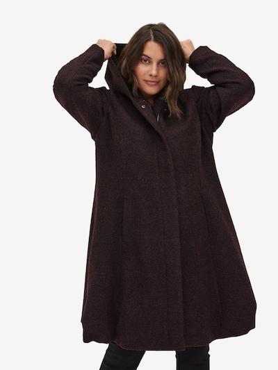 Zizzi Mantel in dunkelrot / schwarz, Modelansicht