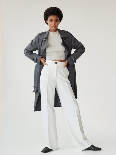 MANGO Mantel 'Polana' in grau, Modelansicht