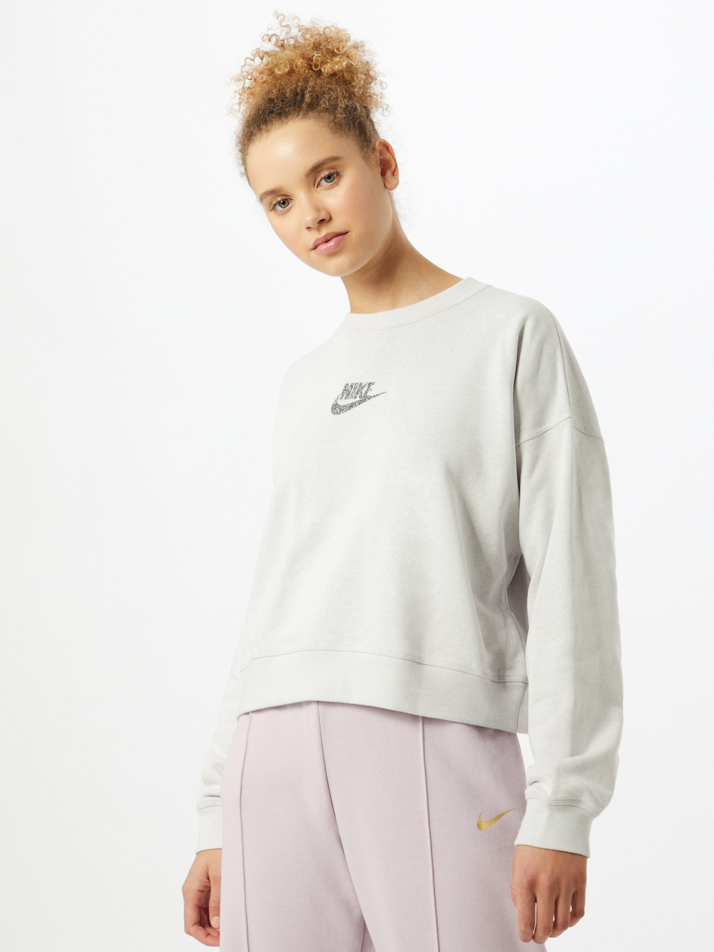 Nike Sportswear Sweatshirt 'Essential' in Grau | ABOUT YOU