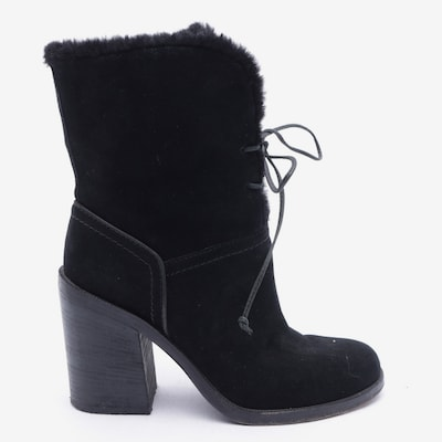 UGG Dress Boots in 38 in Black, Item view