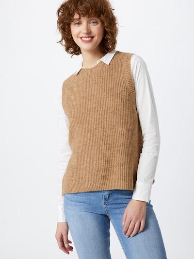 Vestă tricotată 'Gunhilda' modström pe bej, Vizualizare model