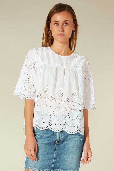 BLOOM Bluse mit Lochstickerei in weiß, Modelansicht