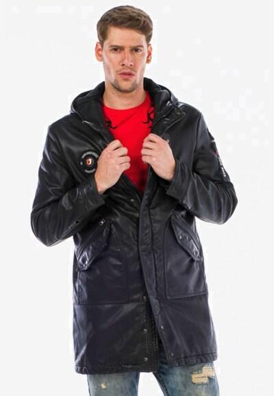 CIPO & BAXX Winterjas in de kleur Zwart, Modelweergave