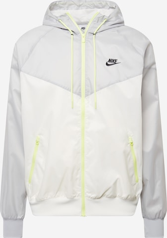 Veste de sport Nike Sportswear en blanc