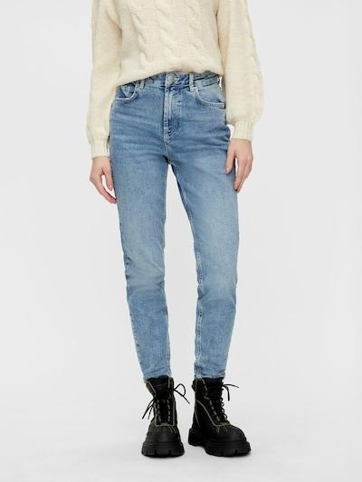 PIECES Jeans in hellblau, Modelansicht